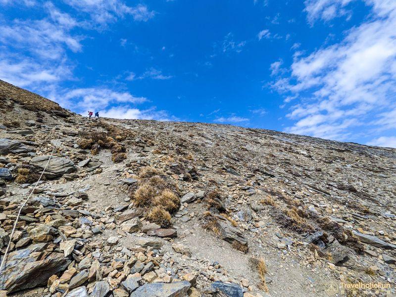 南湖圈谷陡下